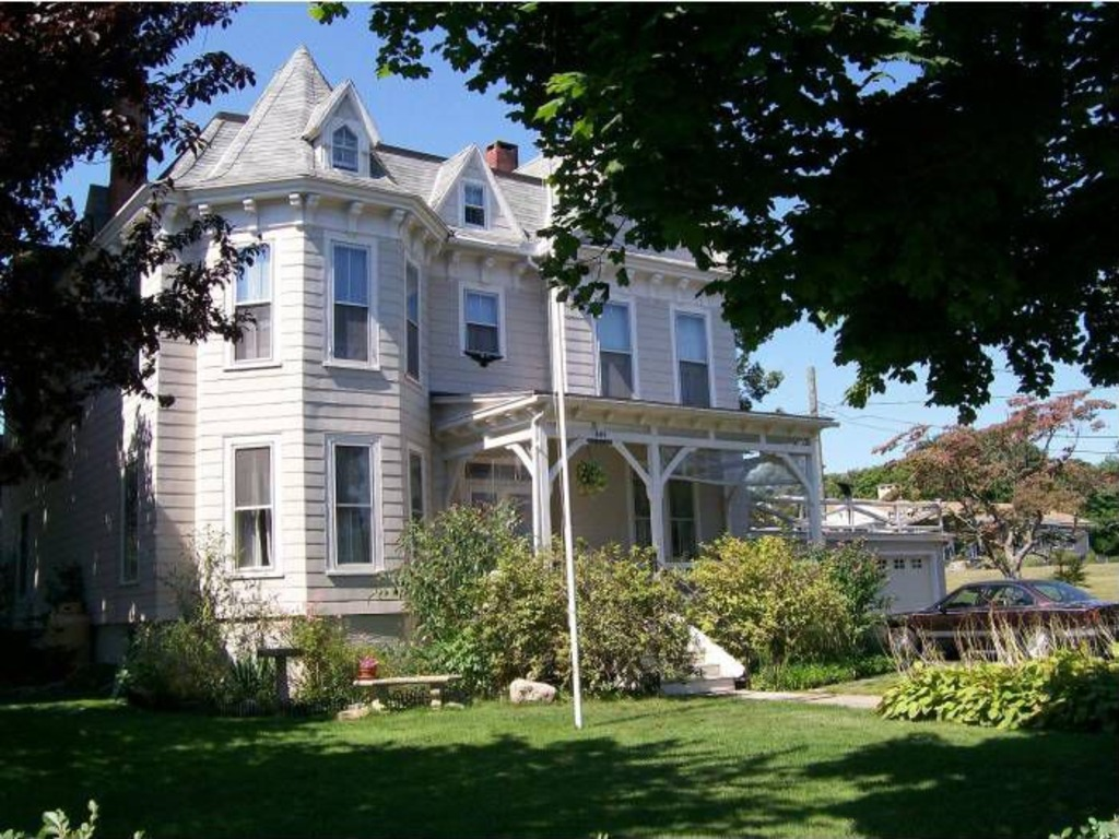 Elegant Historic Victorian Home For Sale A Very Special Waterside